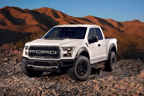 FOUR WHEELER Names 2017 Ford F-150 Raptor Pickup Truck of the Year