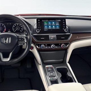 2018 Accord Gallery Int Touring Front Wide View Interior 1400 1x
