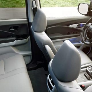 2019 Honda Ridgeline Interior 02