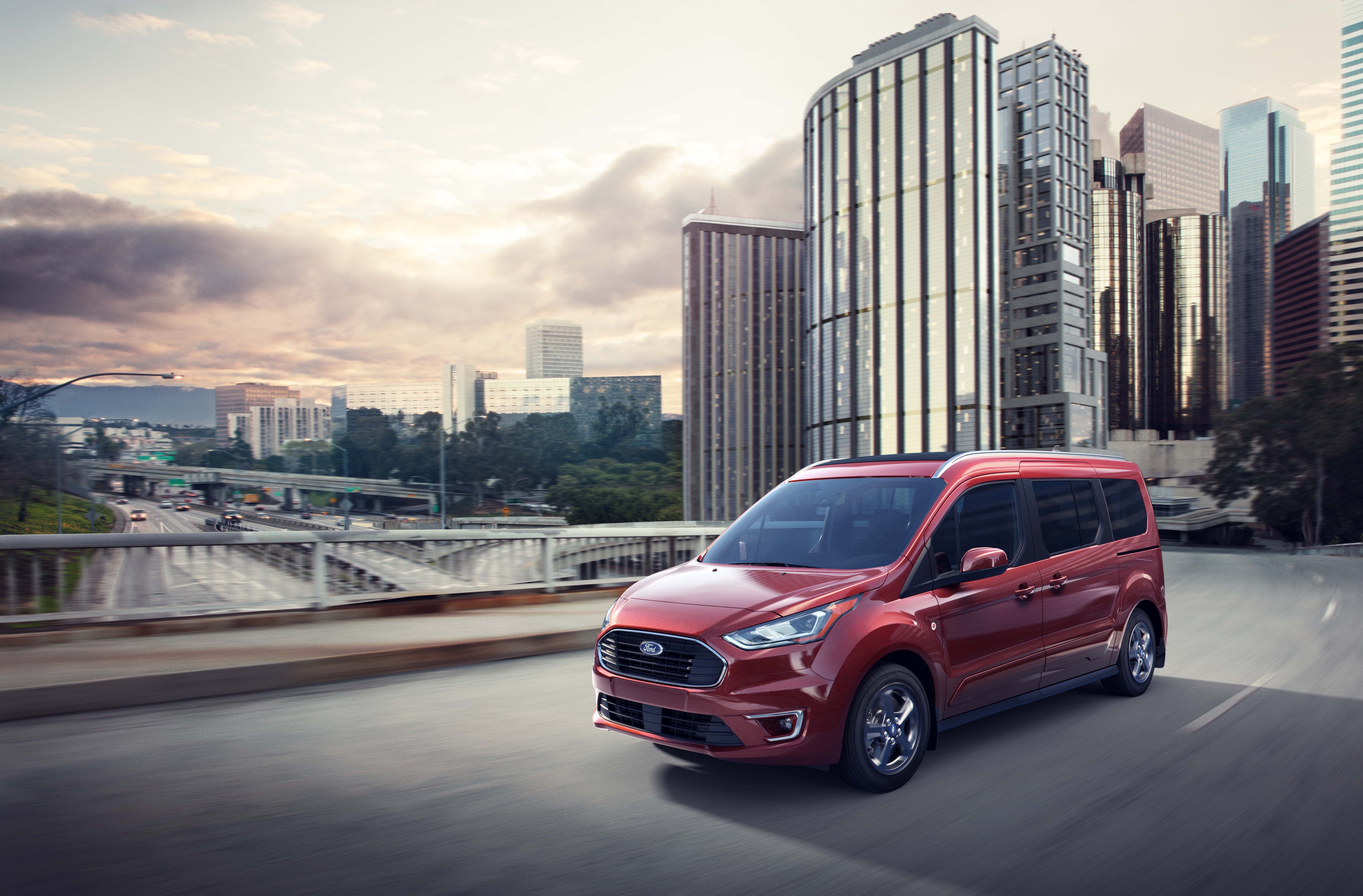 Des Moines, IA | Ford Transit Van