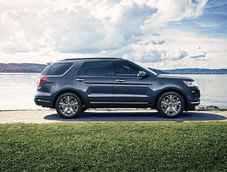 2018 Ford Explorer Side View