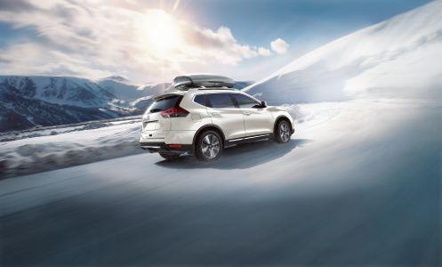 Nissan Rogue Snow
