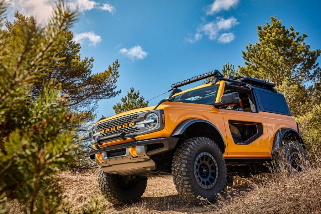Bronco 2dr Features 05
