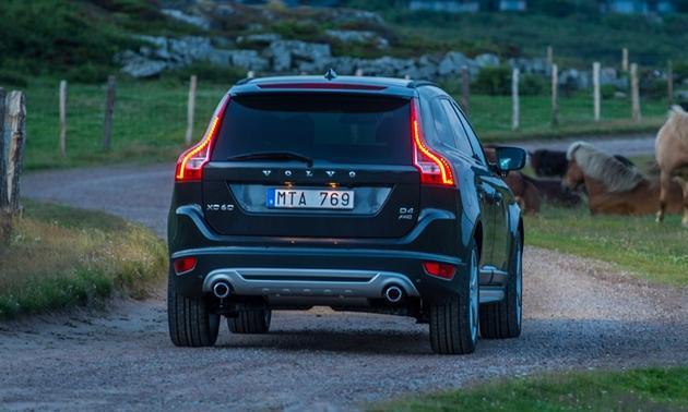 2013 volvo xc60 t6 review. Black Bedroom Furniture Sets. Home Design Ideas