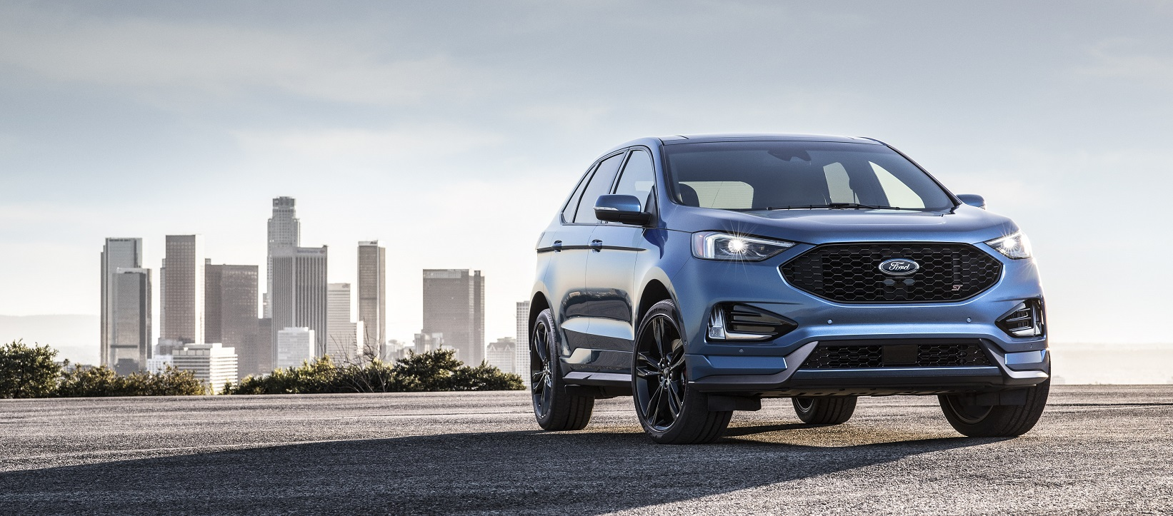 The 2019 Ford Edge ST has everything you're looking for in a vehicle.