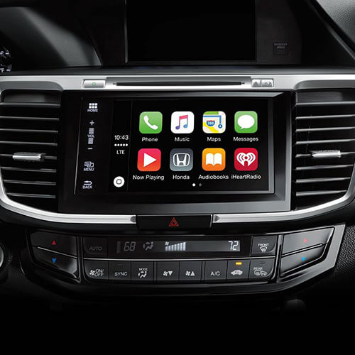 2017 Honda Accord Apple CarPlay in Los Angeles