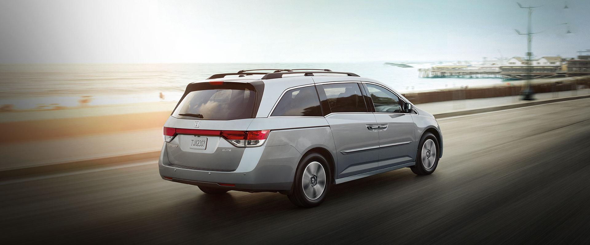 2017 Honda Odyssey back passenger side view