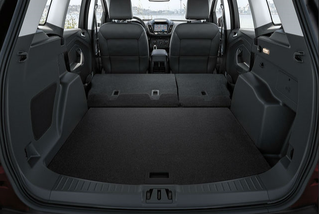 2019 Ford Escape Space & Room