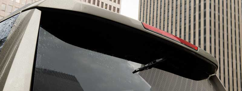 rear-wiper-is-tucked-under-the-rear-spoiler