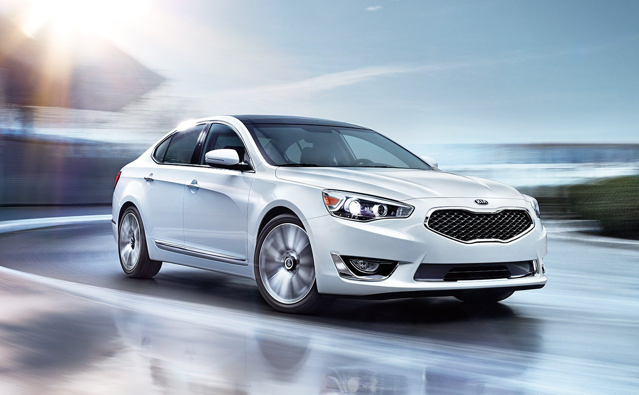 quarter en rear contender motor year car news sxl of the three cadenza kia trend
