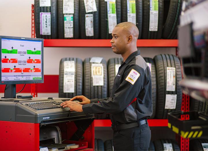 Kia service specialist