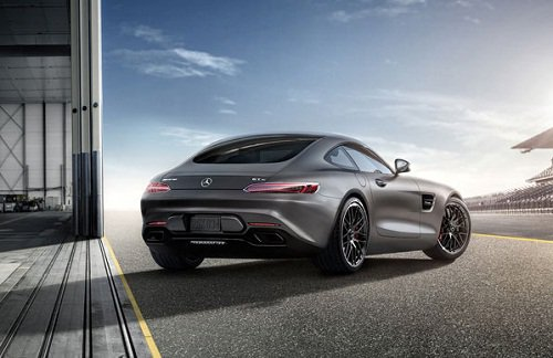 2016-Mercedes-Benz-AMG-GT