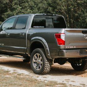 2018-Nissan-Titan-Rocky-Ridge-Trucks-Altitude-Silver-7