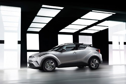 2017 Toyota C Hr Brings Fresh Styling To Crossover Segment