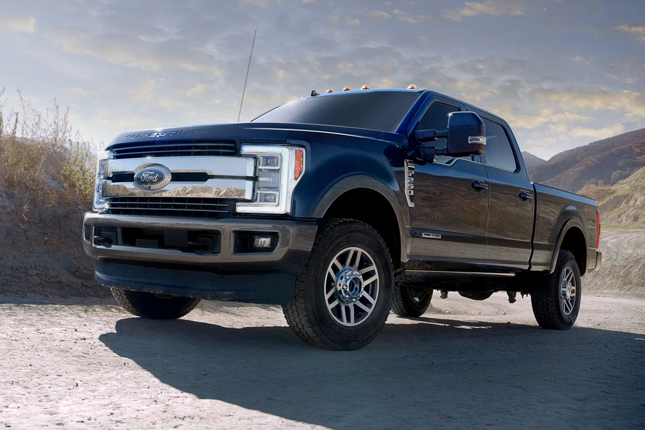 2019 F-150 vs F-250 vs F-350: Differences & Similarities Guide