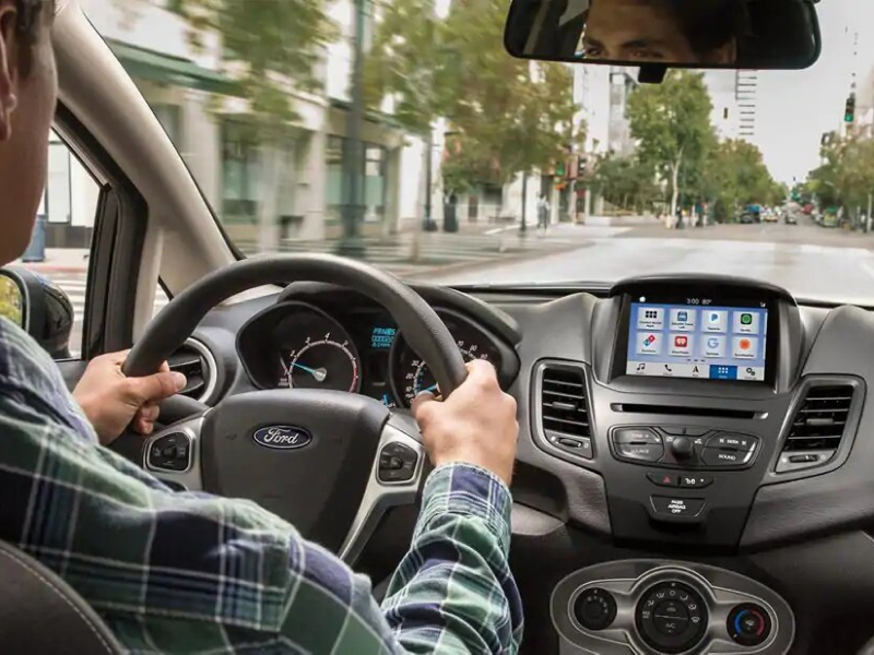 Get your Ford serviced at Roesch Ford near Villa Park, IL