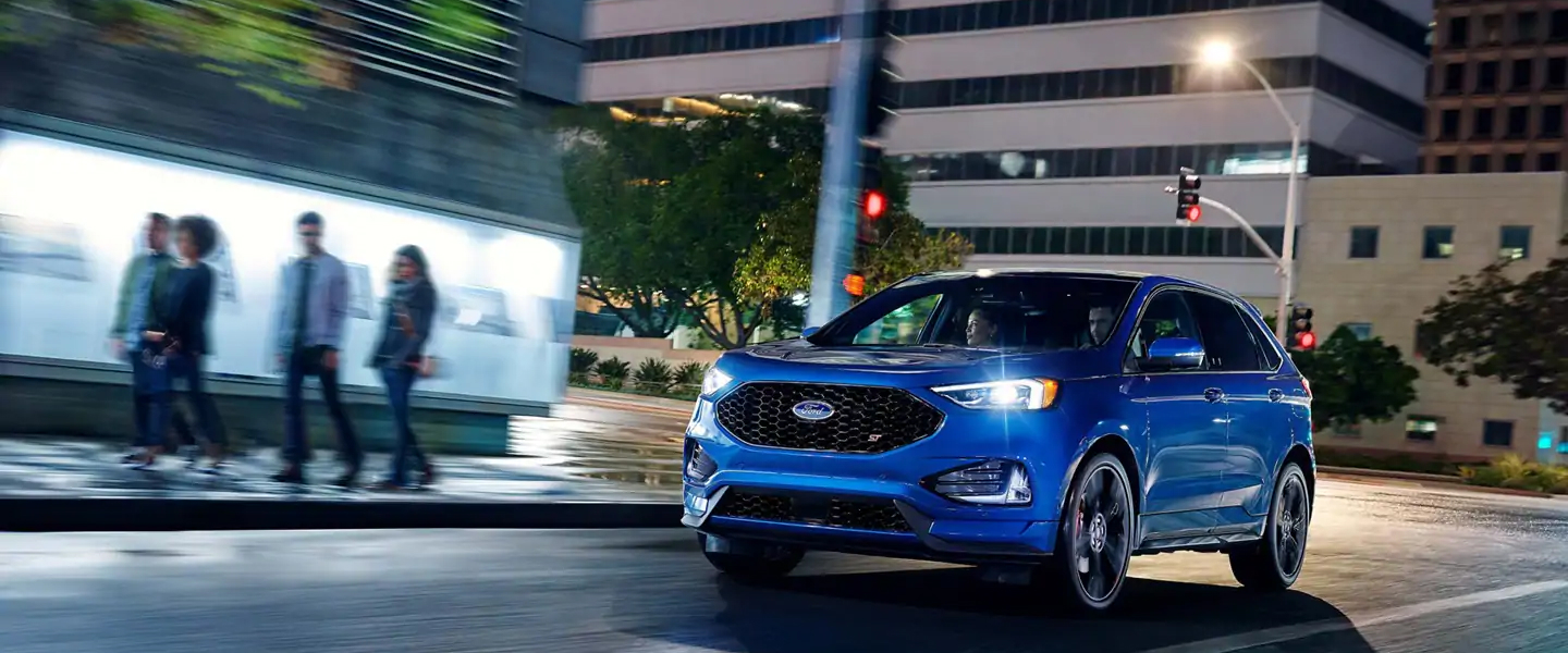The 2019 Ford Edge available at Roesch Ford in Bensenville, IL