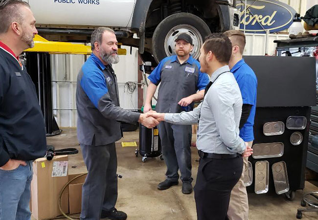 Sam Pack Ford Lewisville >> The Works Oil Change Service | Five Star Ford of Lewisville