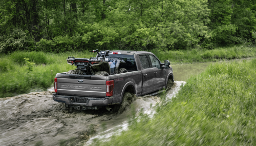 2022 Ford Super Duty Through Water