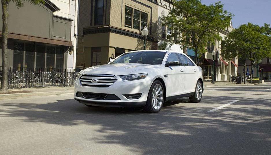2016-Ford-Taurus-Image