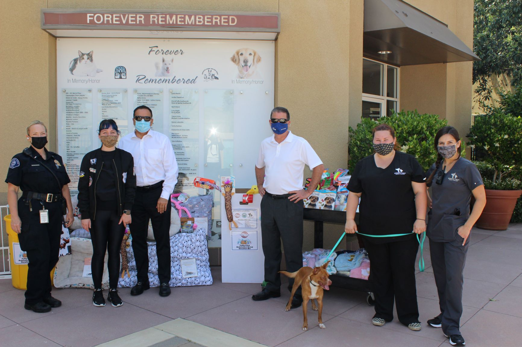 Tuttle-Click Automotive Group Donates to the City of Mission Viejo Animal Services Center.