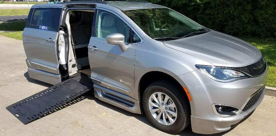 Braun-Chrysler-Infloor