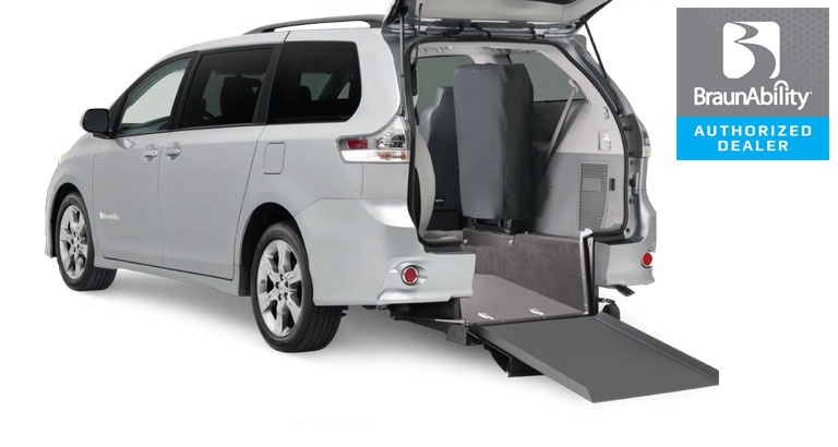 Toyota Wheelchair Van Braun Power Rear Entry