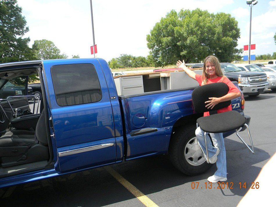 George Weber Chevrolet >> George Weber Chevy Donates Furniture to a Great Cause