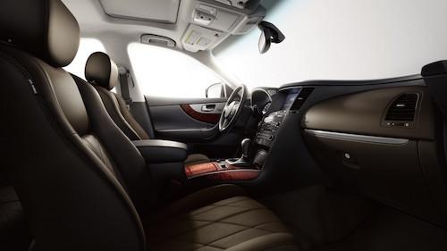 Infiniti-QX70-Interior
