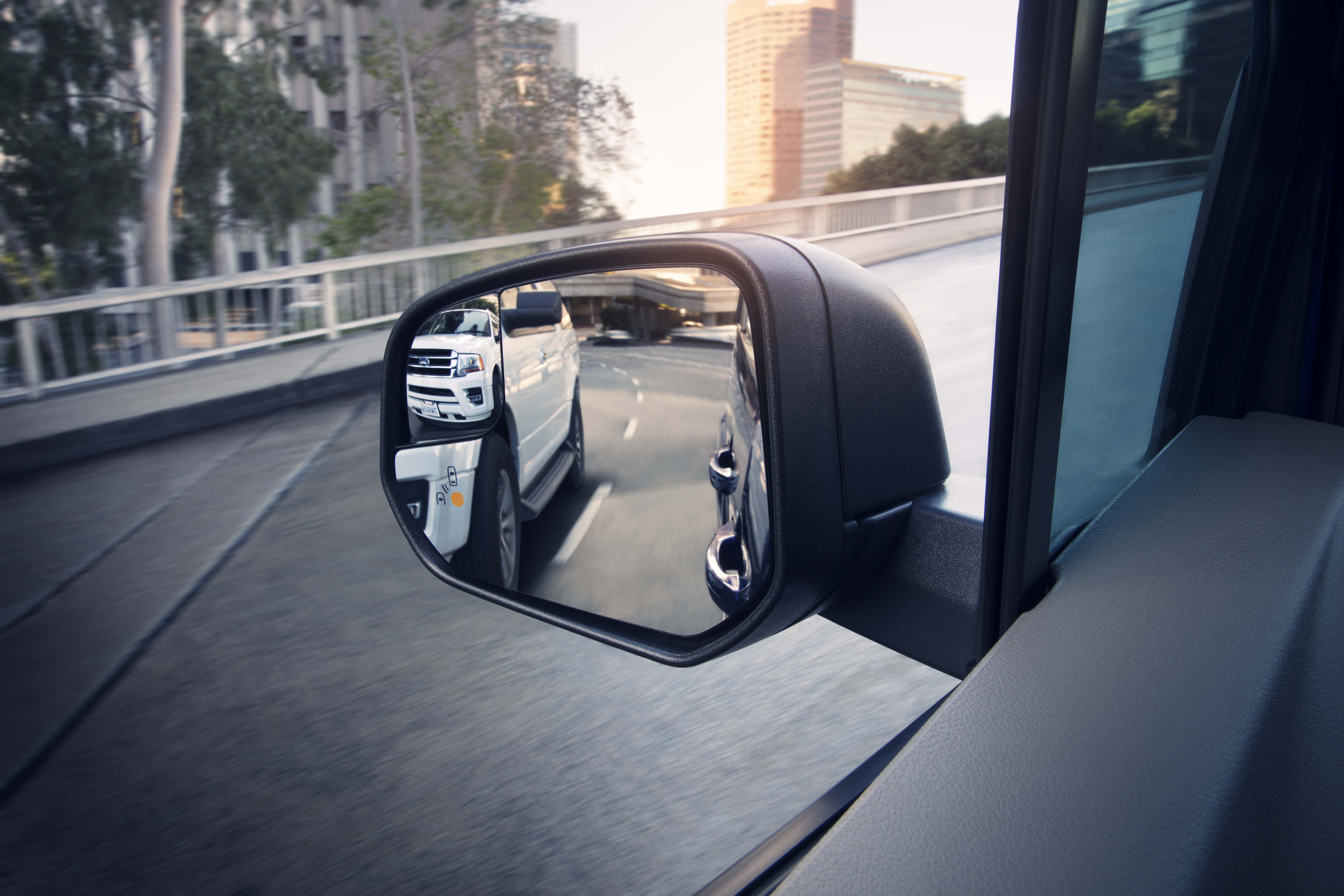2019 Ford Transit side mirror