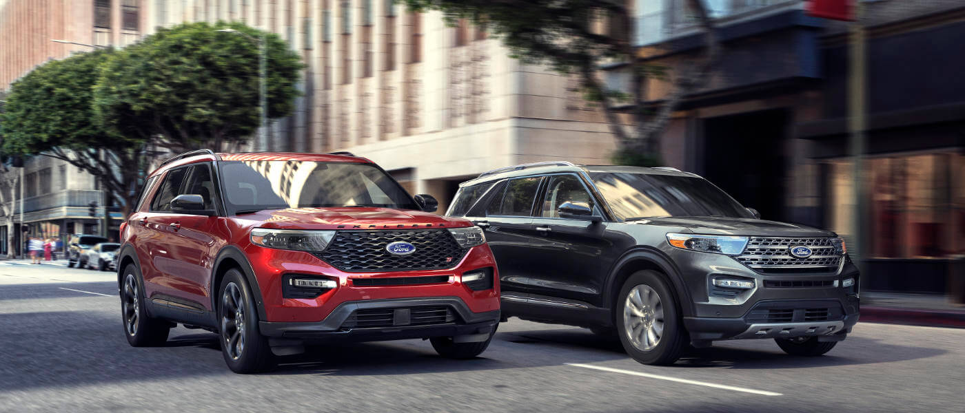 2020 Ford Explorers side by side