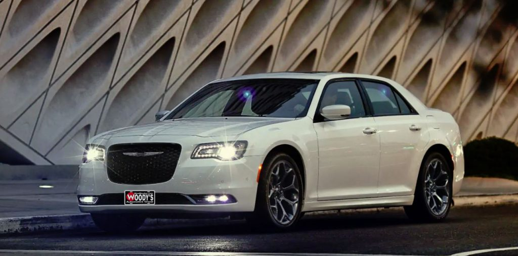 2019 Chrysler 300 Trim Level Comparison Available For Sale in